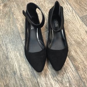 Kenneth Cole reaction black flats size 9.5